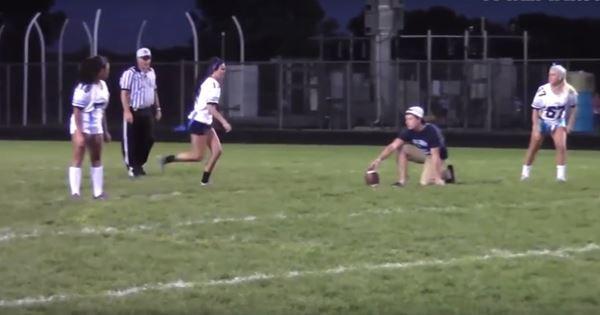 clip sự cố hài hước khi chơi bóng