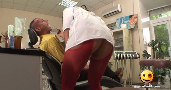 nữ y tá siêu sexy