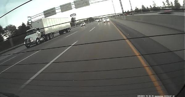 xe container gây tai nạn liên hoàn