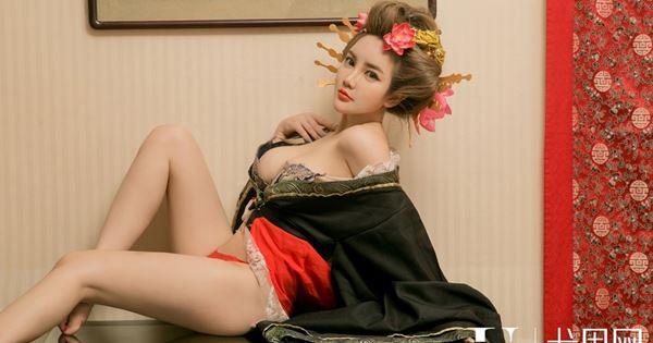 Người đẹp Wen Xin Yi (温鈊怡)